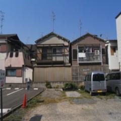 現場現状写真(南側は駐車場)